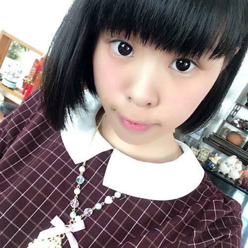 <b>小MEL</b>
